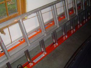 Fiberglass versus Aluminum Extension Ladders
